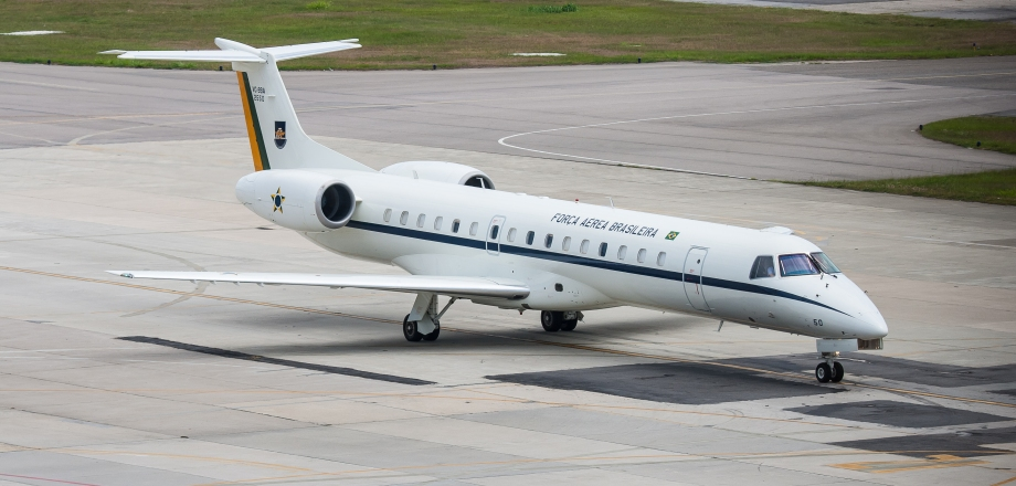embraer-erj-145-02